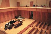2台のピアノとチェンバロの音色を聴き比べ