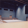 三鷹市芸術文化センター|星のホール|舞台(スラストステージ)