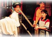 『燕のいる駅』初演より 撮影:松本謙一郎