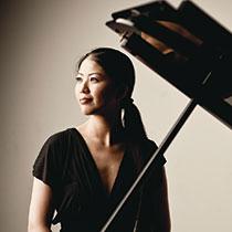 菊池洋子(ピアノ) ©Marco Borggreve