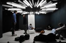 モナカ興業#10『43』 【撮影/小尾幸春】(2011年11月)会場:小劇場楽園