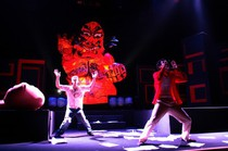 『全身ちぎれ節』(08.09.12~09.21)三鷹市芸術文化センター・星のホール 撮影:齊藤ジン