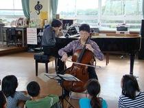 チェロ(丸山泰雄)&ピアノ(中川賢一)